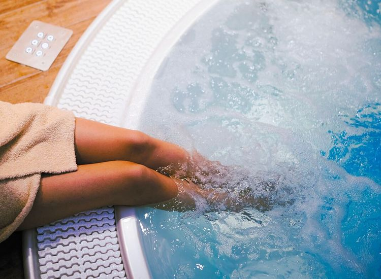 Hot Tub and Spa Cleaning